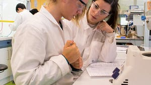 Teaching in University Science Laboratories (Developing Best Practice)