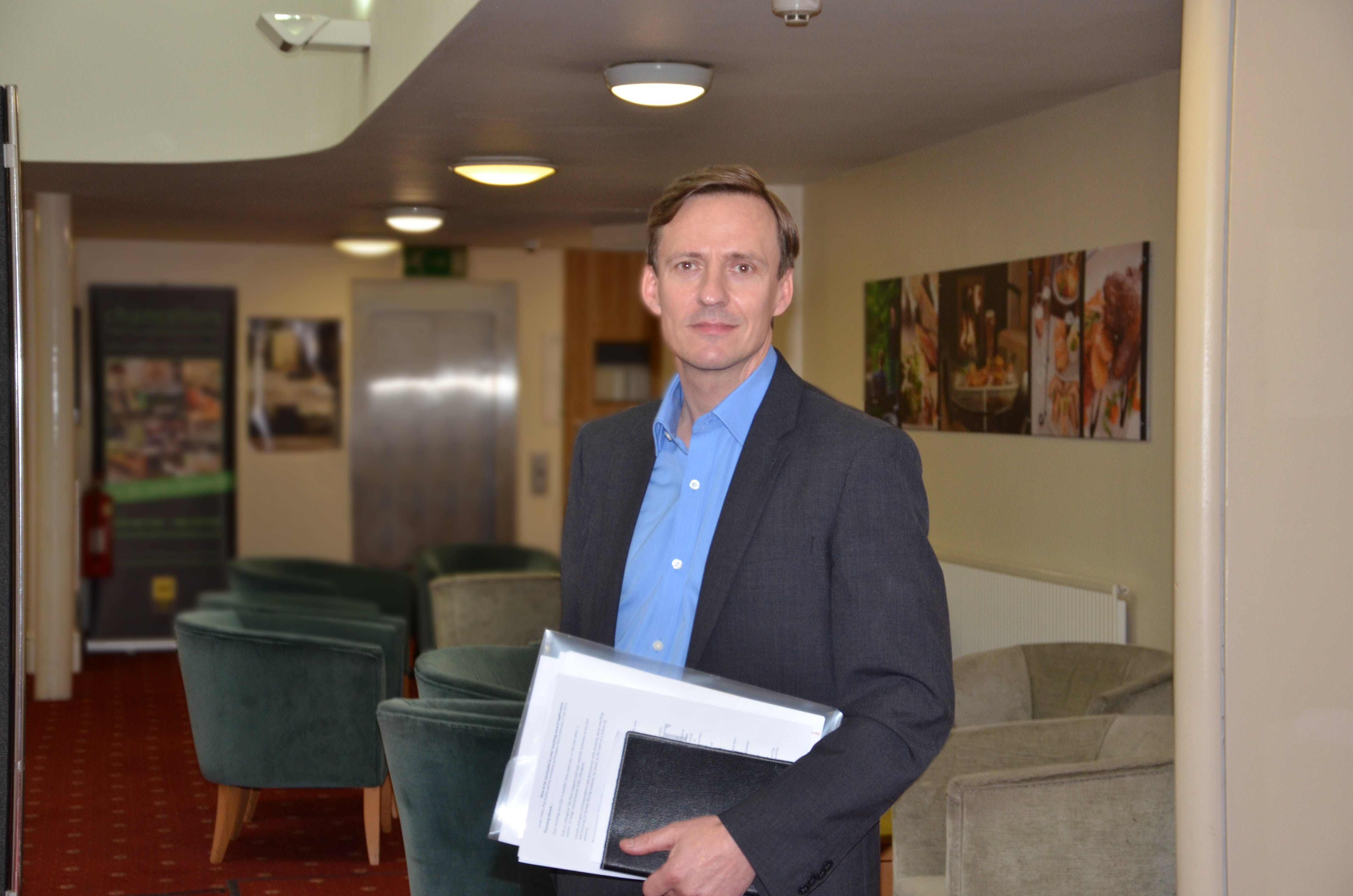 Dr Roger Harrison