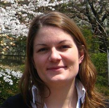 Dr. Celine Caquineau