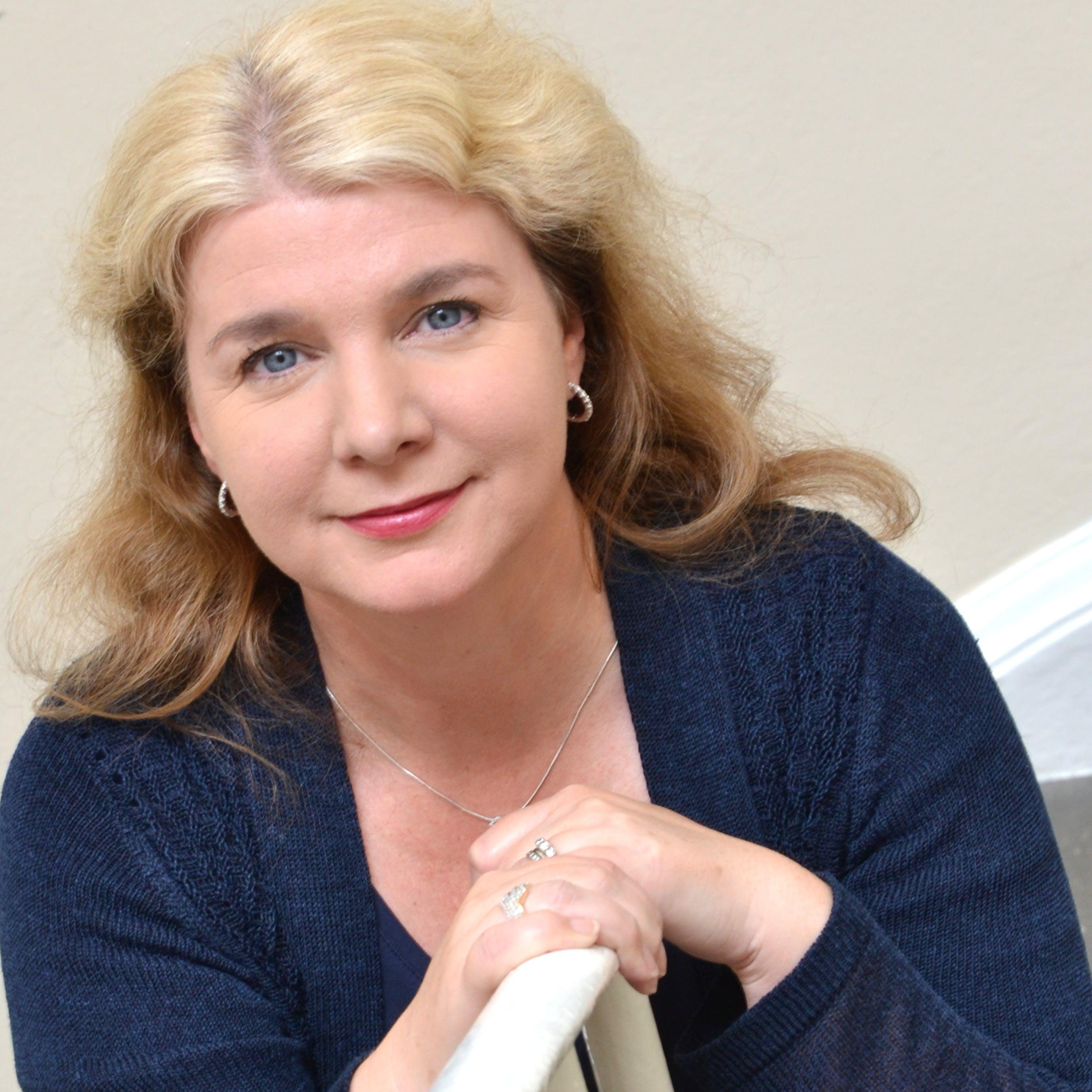 Dr Joanne Williams