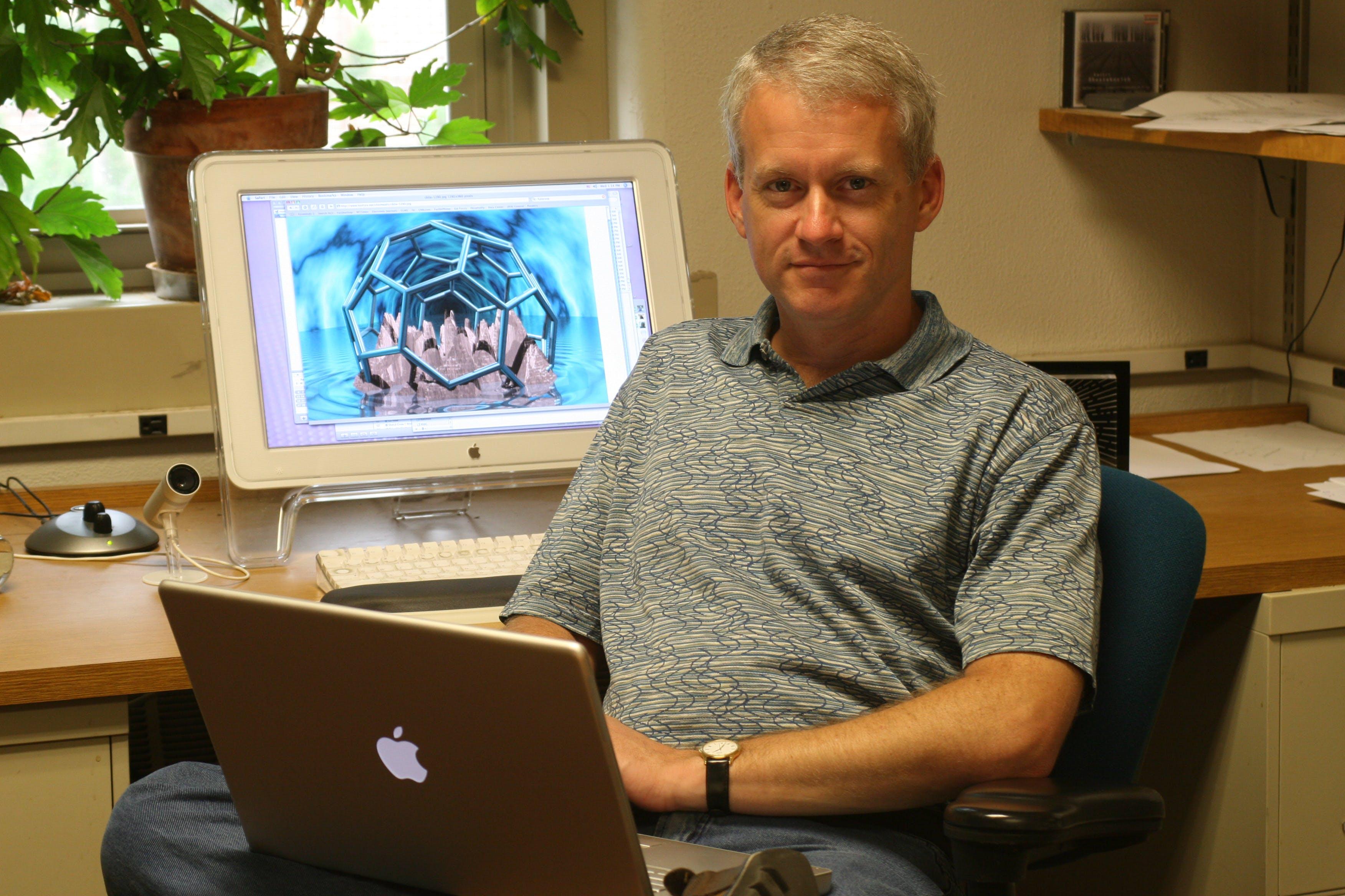 Dr.  Christopher J.  Cramer