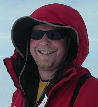 Dr. Jonathan Tomkin