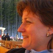 Carolyn Dare