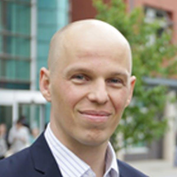 Oliver Laasch