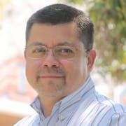 Dr. Víctor Manuel de la Cueva Hernández