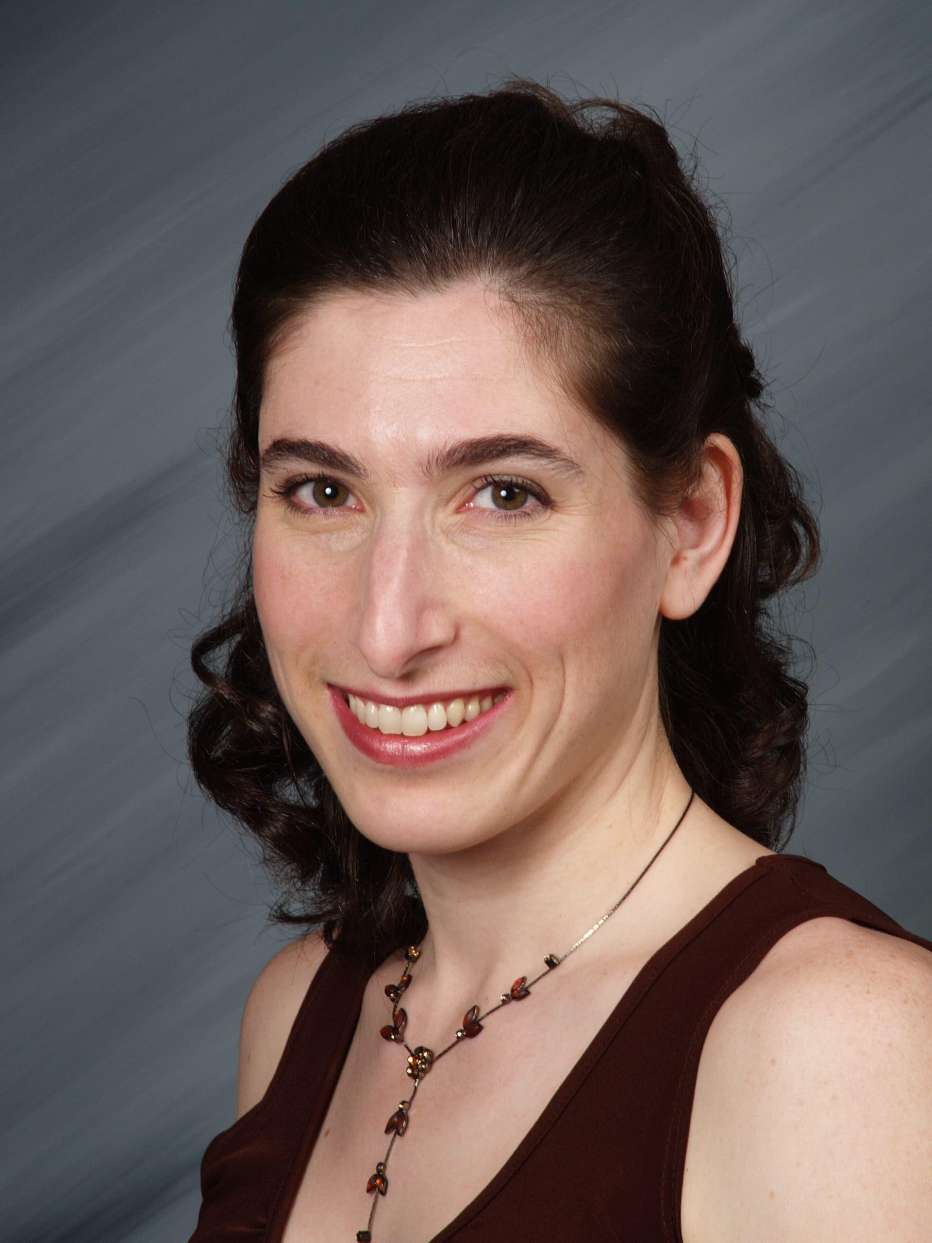 Dr. Kristin Sainani