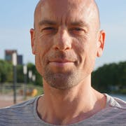dr. Jorg Huijding