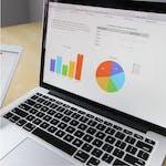 Mejora del Rendimiento Empresarial con Google Forms by Coursera Project Network