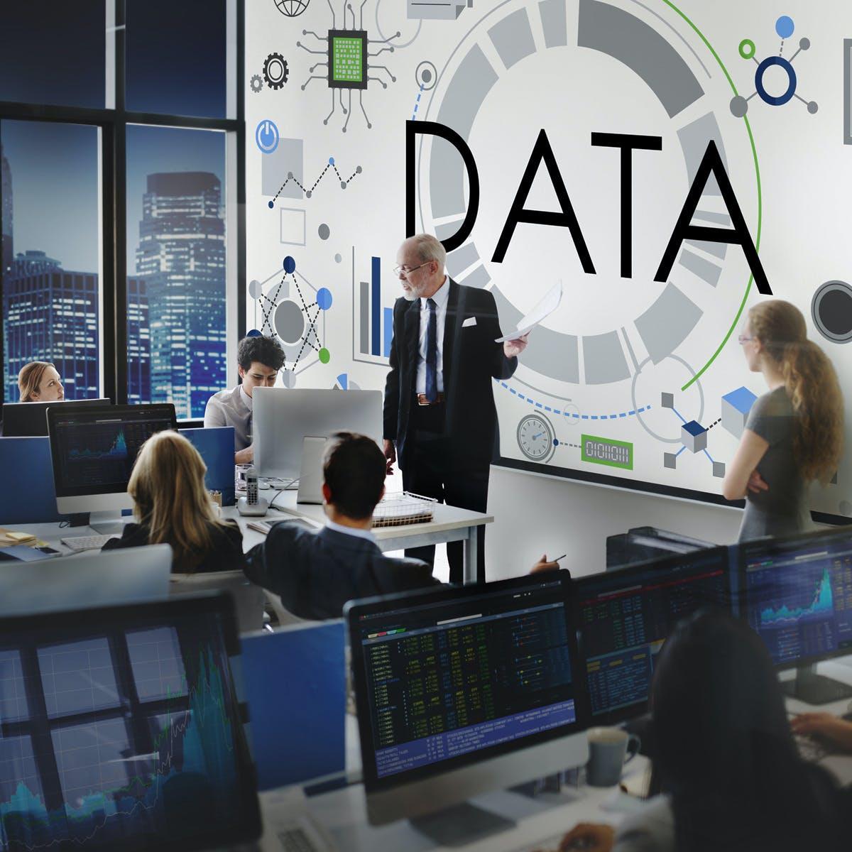 Business Analytics and Digital Media